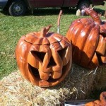 wooden-pumpkins