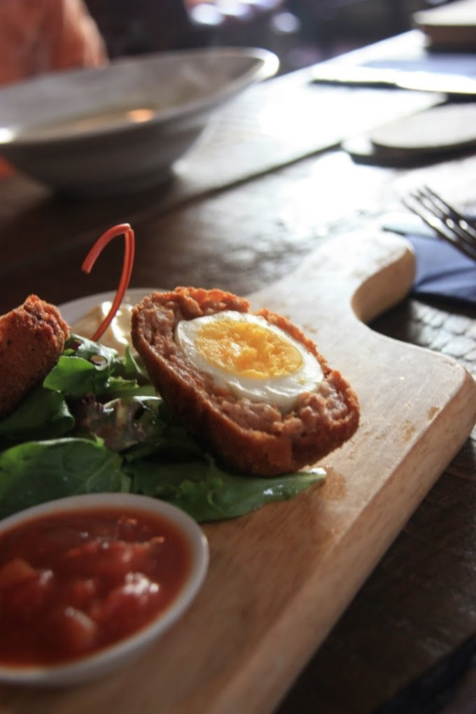 A meal at L. Mulligan Grocer in Dublin. Scotch Eggs. | Fake Food Free | Food and Travel