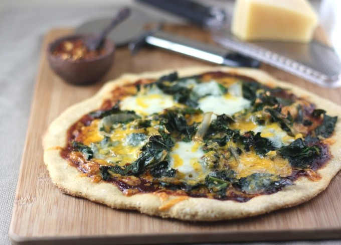 Barbecue Kale and Onion Pizza | Fake Food Free