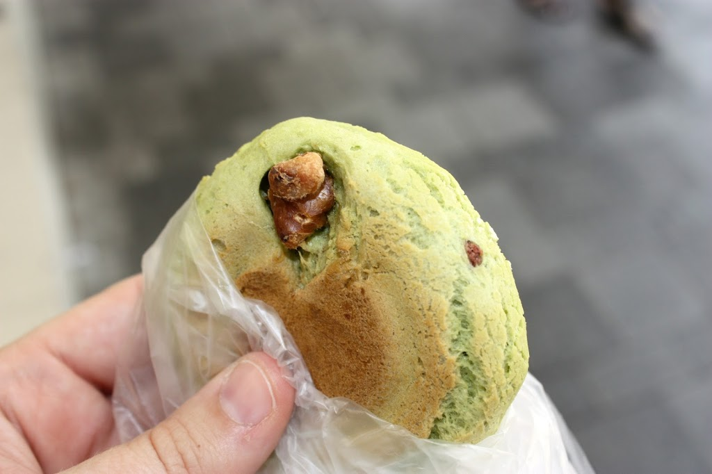 Matcha Cake filled with Red Bean from Chinese Bakeries in Hong Kong. The inspiration for match tea cookies with gooseberry filling. | Fake Food Free