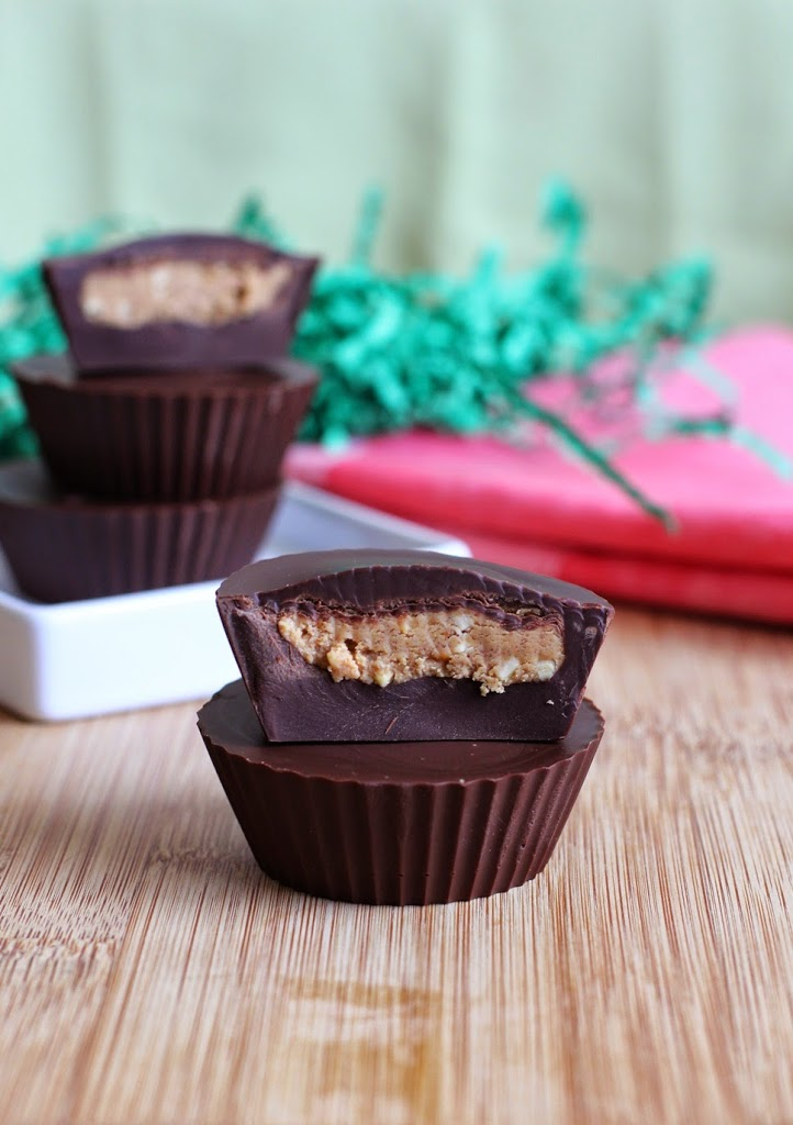 Easy 4 Ingredient Homemade Peanut Butter Cups Recipe | Fake Food Free