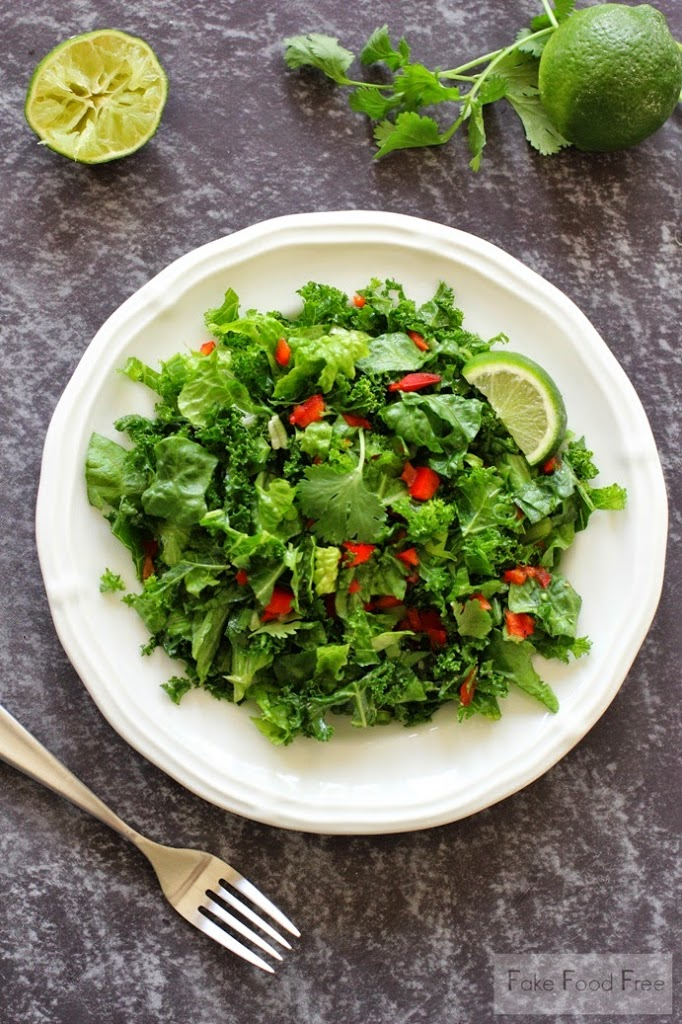 Brazilian-inspired Simple Salad with Lime Recipe | fakefoodfree.com