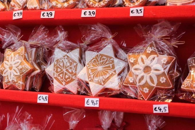 Gingerbread at Vienna's Christmas Markets | Fake Food Free