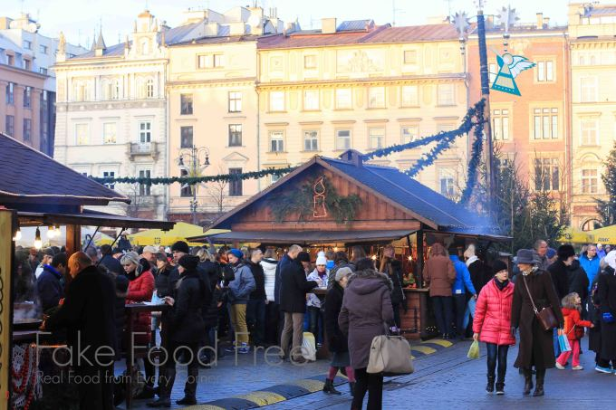 Krakow Christmas Market | Fake Food Free #travel #christmas #Poland