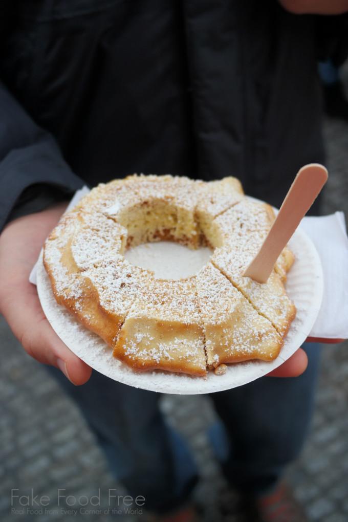 Baumkuchen at WeihnachtsZauber auf dem Gendarmenkt | Berlin Christmas Markets | Fake Food Free Travels