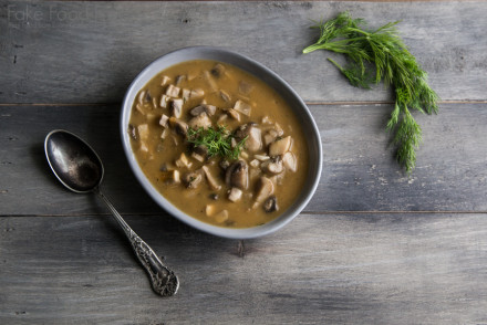 Simple Mushroom and Dill Soup 4