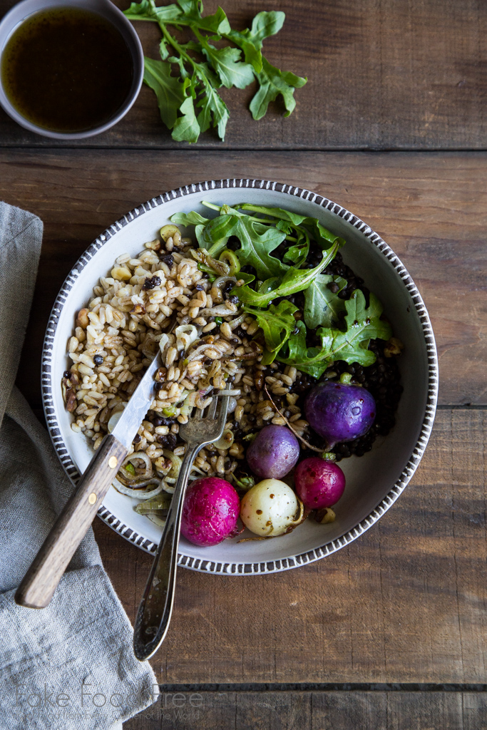 Black lentils and barley bowl tossed with arugula and a balsamic vinaigrette | Fake Food Free