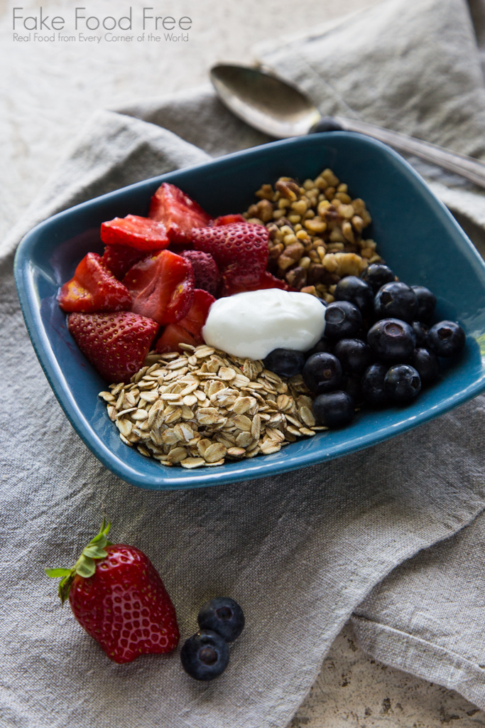 Roasted Strawberry and Oat Breakfast Bowl | Fake Food Free