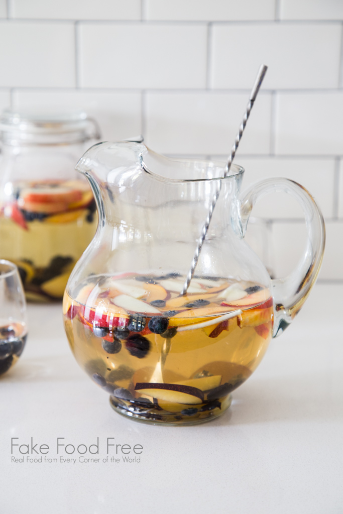 White Summer Sangria Recipe with riesling and summer fruits | FakeFoodFree.com