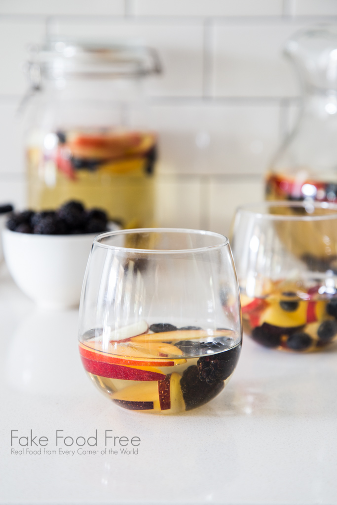 White Summer Sangria recipe with riesling stone fruits and berries | FakeFoodFree.com