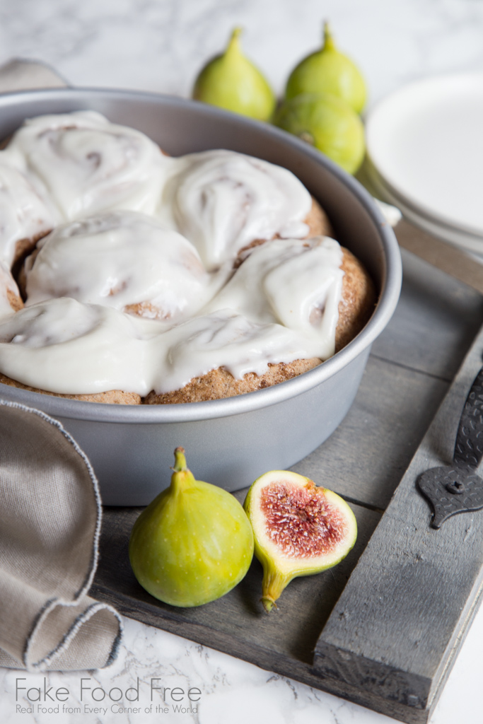 Cinnamon Fig Breakfast Rolls with Cream Cheese Frosting Recipe | FakeFoodFree.com