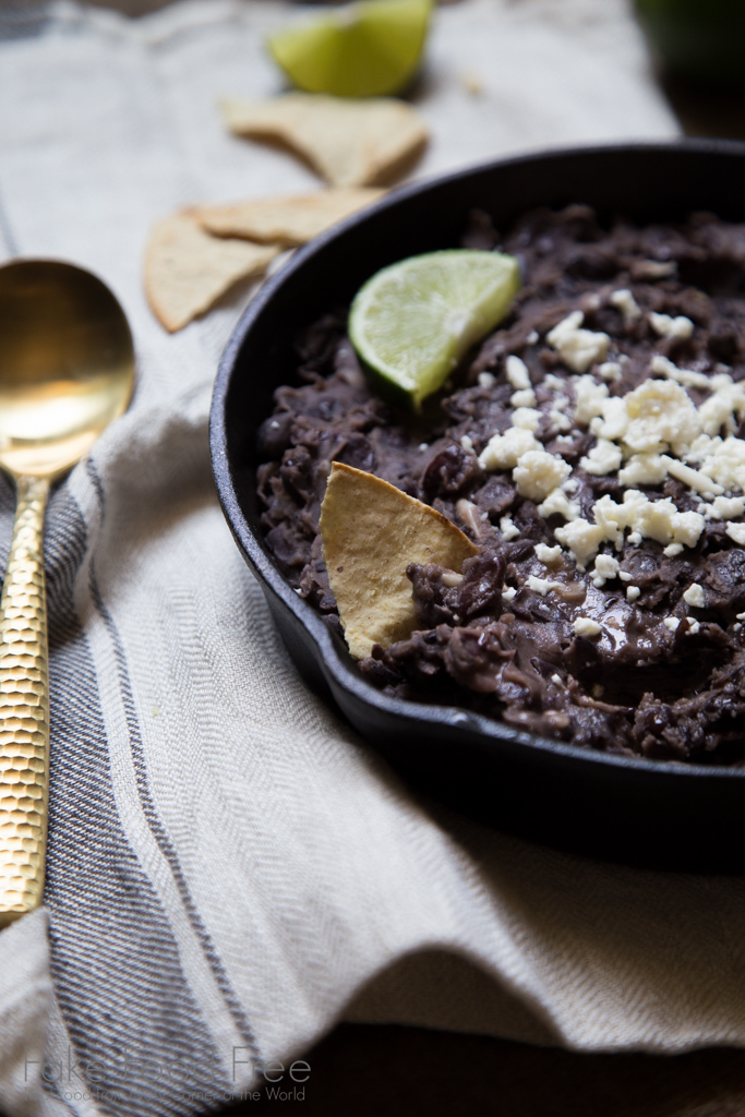 Refried Black Beans with Garlic and Lime Recipe | FakeFoodFree.com