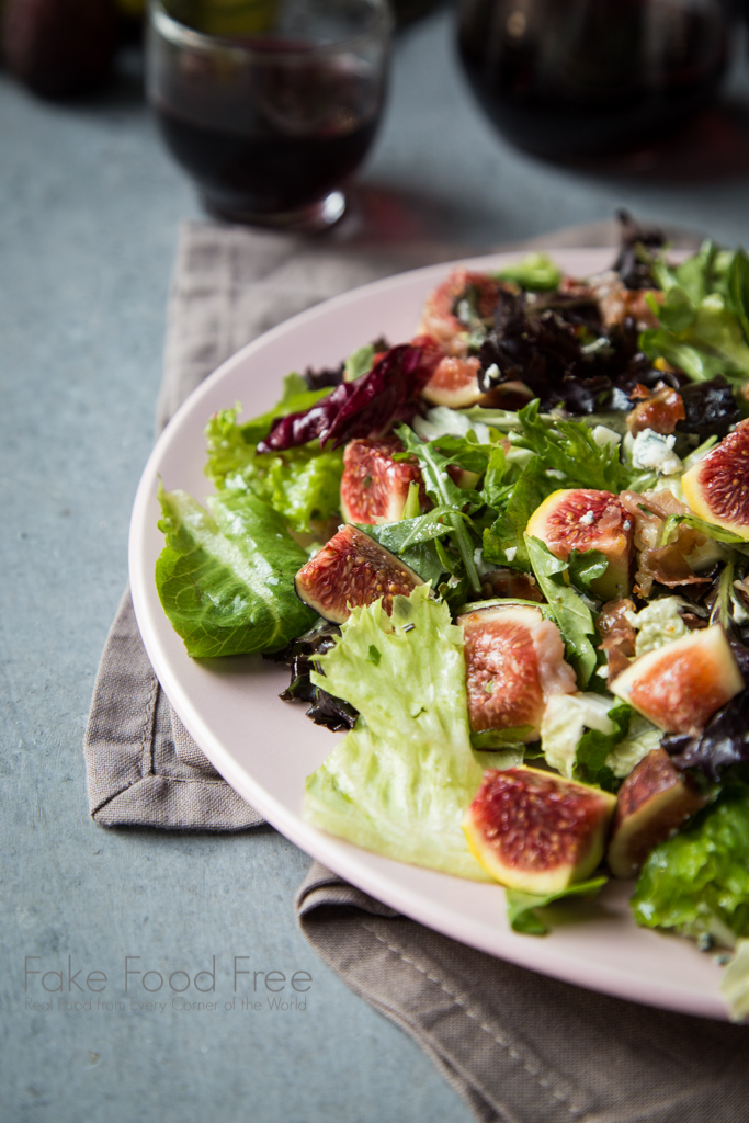 A great way to use fresh figs! Crispy Prosciutto and Fig Salad recipe | FakeFoodFree.com
