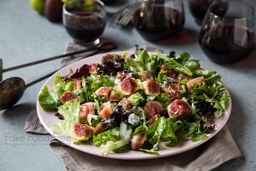 Crispy Prosciutto Fig Salad with Lemon, Chive and Honey Dressing | A simple salad recipe that comes together easily every time.