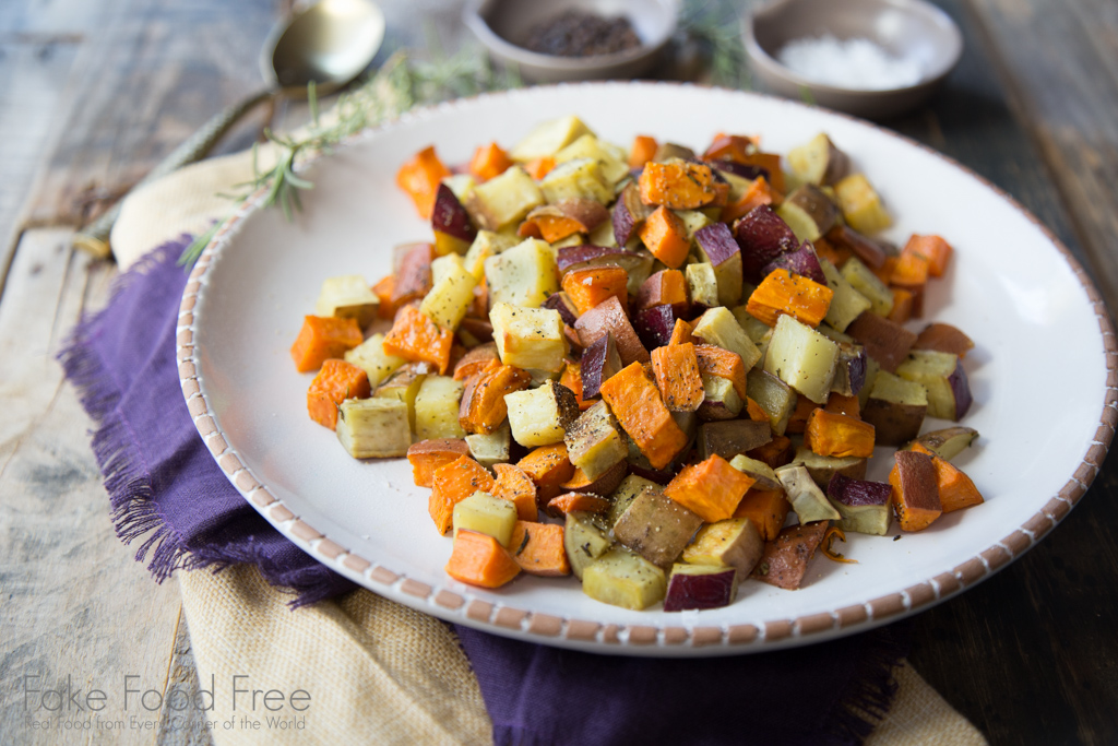 Roasted sweet potatoes for fall! | Recipe at FakeFoodFree.com