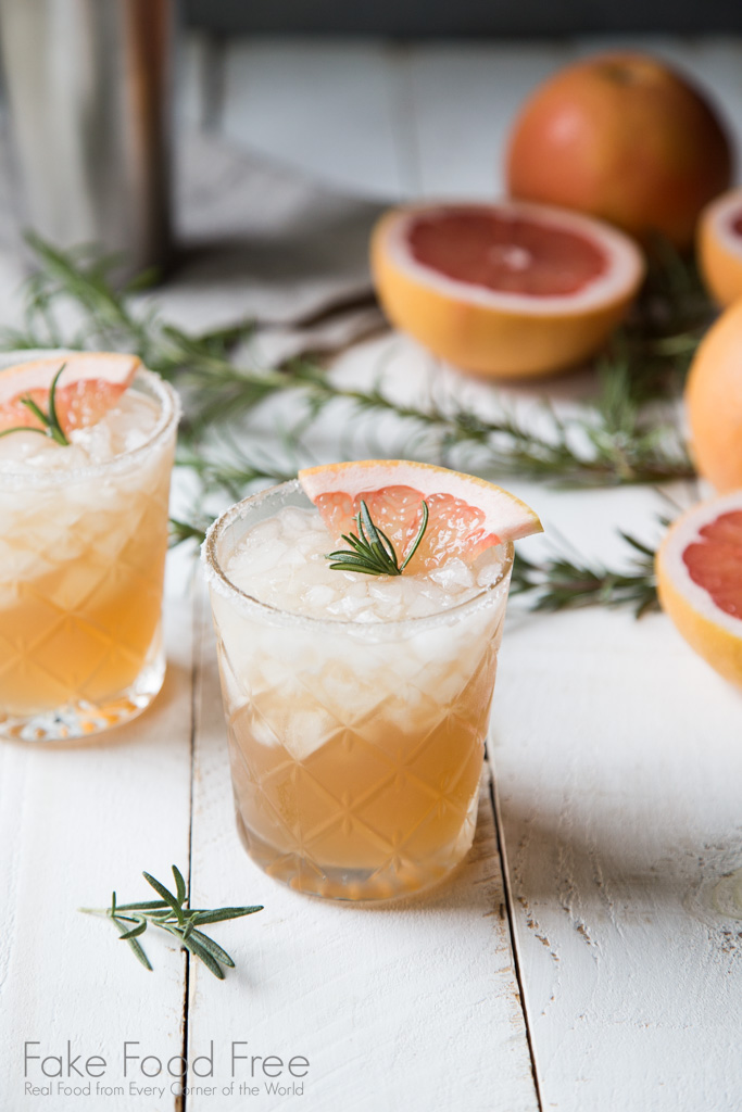 Rosemary Sweet and Salty Dog Cocktail Recipe | FakeFoodFree.com